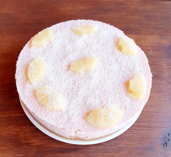 tarta de piña y coco