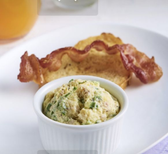 Mini Soufflés de huevos y bacón