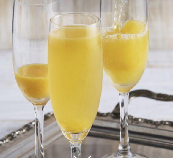 Bellini Cocktail –brunch