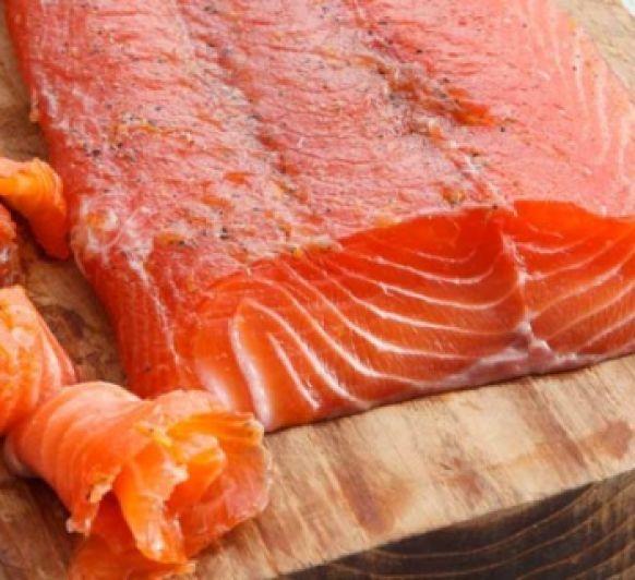 Salmon noruego, marinado a la miel de acacia
