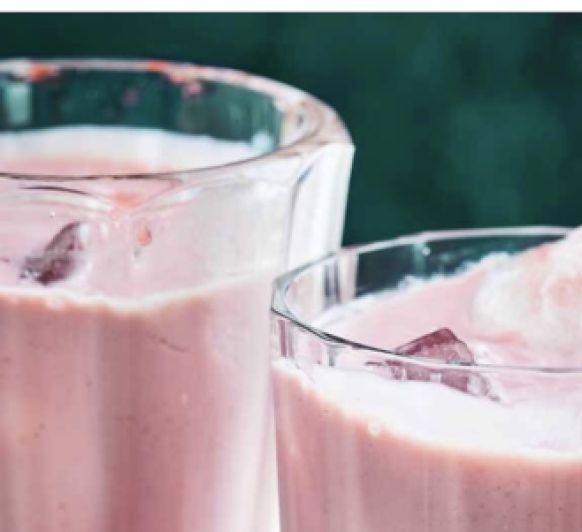 smoothie de fresas y platano/ vegano